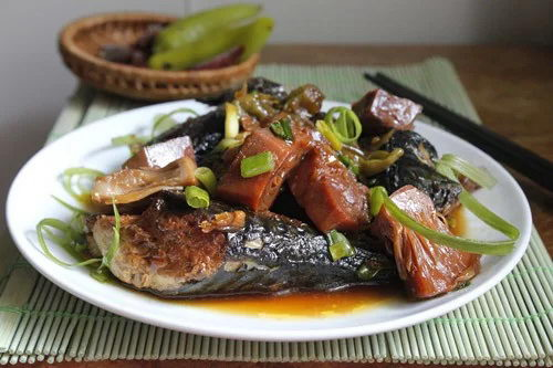 Braised Fish with Young Jackfruit Recipe