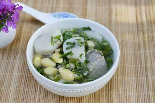 Gingko and Taro Soup with Beef Tail