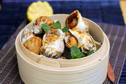 Grilled Snails with Salt and Chili