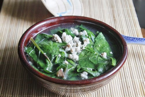 Minced Pork with Asia Spinach Soup