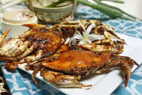 Roasted Crab with Tamarind Sauce