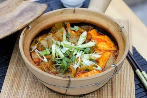 Stewed Tofu with Salty Vegetables