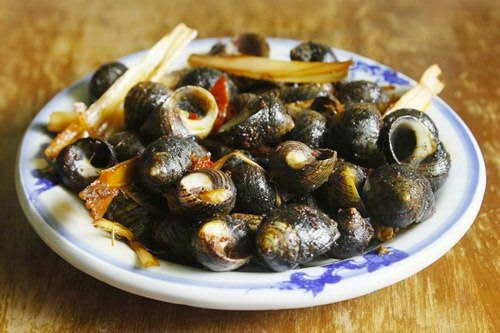 Stir fried Snails with Lemongrass and Chili